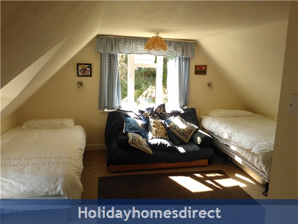 Catherdaniel Charming Holiday Cottage: Another view of bedroom 1