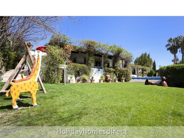 Villa Casa Amarela Boliqueime 7 Bedroom Private Villa With Pool: Playground