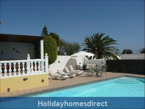 Casa Cielo With Private Pool, Puerto Del Carmen, Lanzarote: Sunbathing terrace