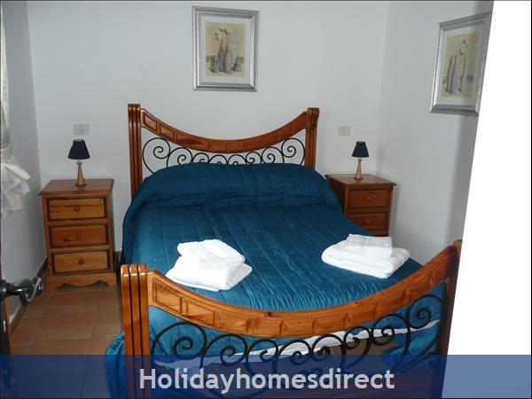 Casa Cielo With Private Pool, Puerto Del Carmen, Lanzarote: double bedroom