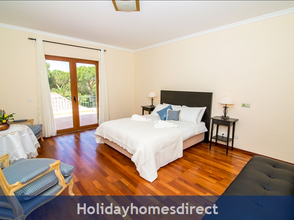 Detached Villa Vilamoura Marina, With Heated Pool In A Great Location *early Bird 10% Off Booking Rates Plus Free Airport Transfers And Pool Heating*: Image 8