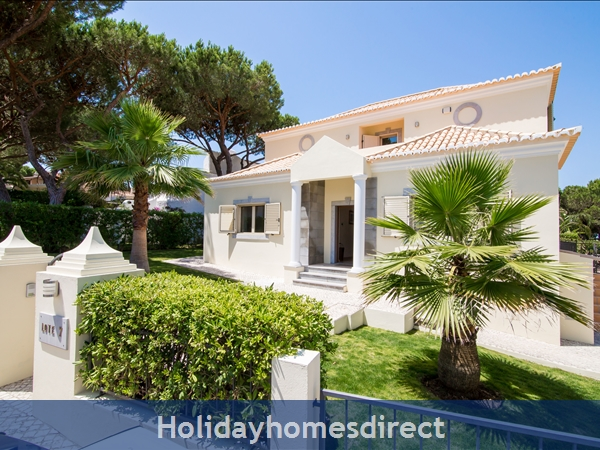 Detached Villa At Vilamoura Marina, With Heated Pool In A Great Location: Front of House