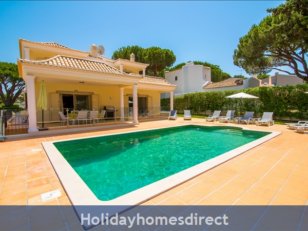 Detached Villa Vilamoura Marina, With Heated Pool In A Great Location *early Bird 10% Off Booking Rates Plus Free Airport Transfers And Pool Heating*: Image 3
