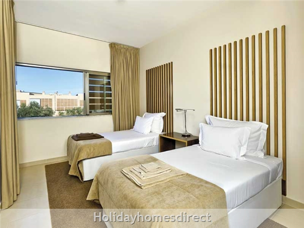 Vidamar Resort Salgados Albufeira - 2 And 3 Bedroom Villas With Pools - 5 Star Family Resort: Salgados Golf