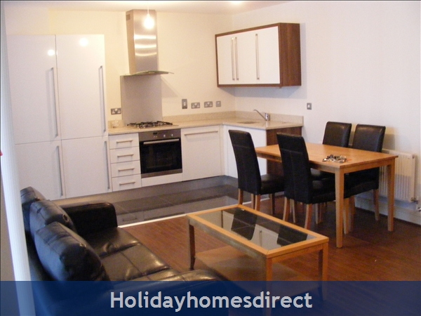 Apt 14 Pavilion View, Beautiful Residential Area, 5 Minutes From City Centre!: Image 6