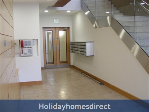 Apt 14 Pavilion View, Beautiful Residential Area, 5 Minutes From City Centre!: Image 4
