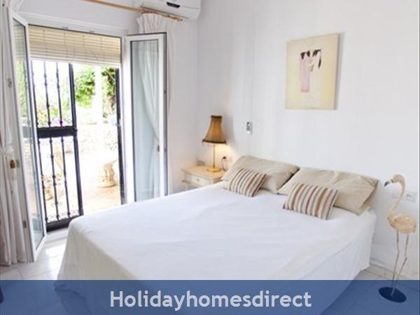 Alamar Nerja Cosat Del Sol Spain: Double bedroom