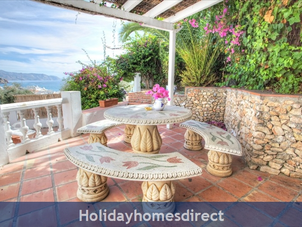 Alamar Nerja Cosat Del Sol Spain: outdoor dinning area with breath taking views