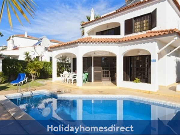 VILLA FLANDRE VILAMOURA PRIVATE VILLA WITH POOL