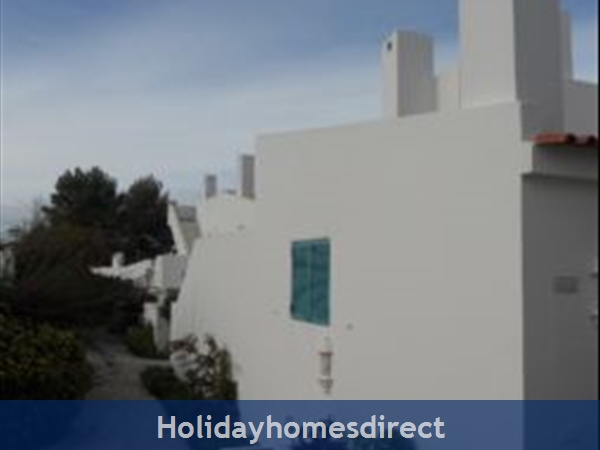 Prainha Village G18 Alvor 3 Bedroom: Side of G18