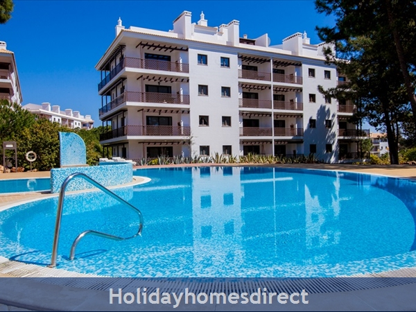 Falesia Beach, Beautiful 2 bedroom Apartment (40) in the exclusive Pine Sun Park Complex nr the Beach& nr Restaurants & Bars & Shops. (AL/2013/196