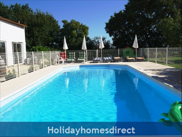 Maison: Heated pool