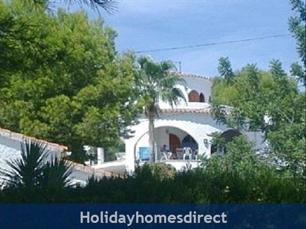 Beautiful Villa With Private Pool, Mountain And Sea Views: Villa