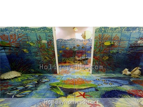 Villa Carlotta With Private Pool Sorrento Coast: Bathroom villa hand painted villa bookingsorrento