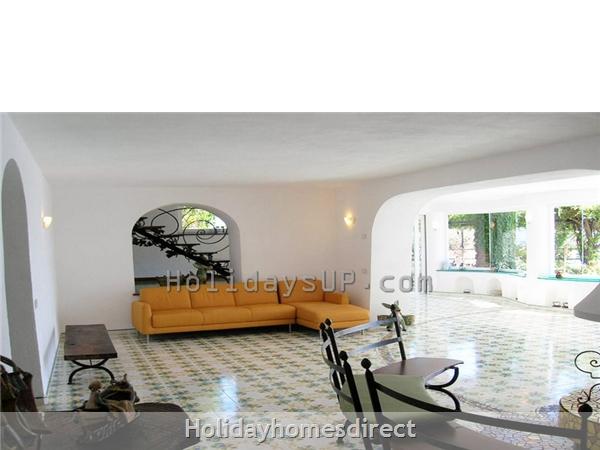 Villa living area sorrento coast holiday lettings