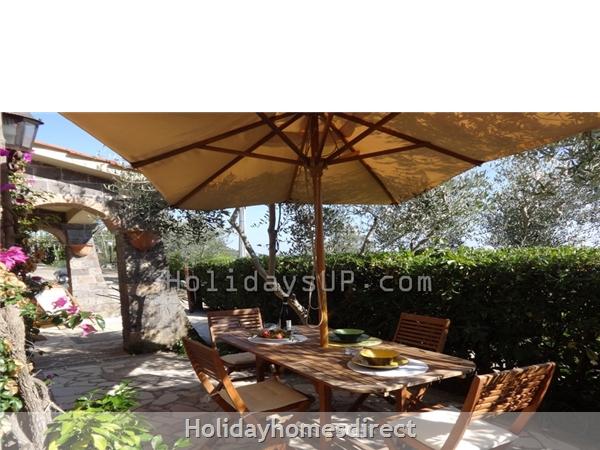 Outdoor patio with bbq area villa esp