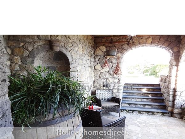 Amazing Villa Esp With Private Pool And Ocean View In Amalfi Coast: Patio outdoor villa esp booking rentals