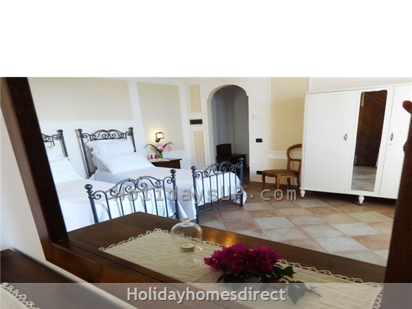 Twin bedroom (double on demand) villa amalfi coast