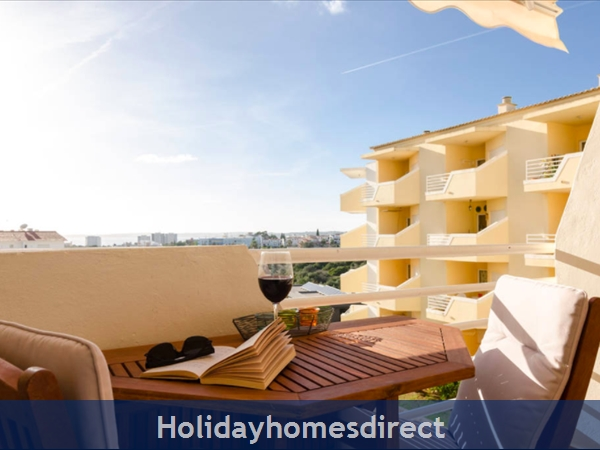 View of the pool and sea