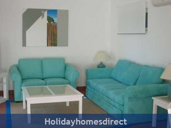 Prainha Village Alvor 4 Bedroom Villa With Pool: Lounge