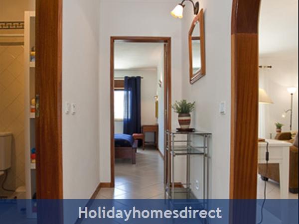 Apartment Aurora Mar 7, Carvoeiro, Algarve, Portugal: hall