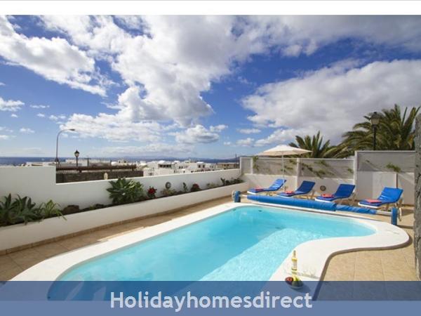 Villa Liasa With Private Pool, Puerto Del Carmen, Lanzarote