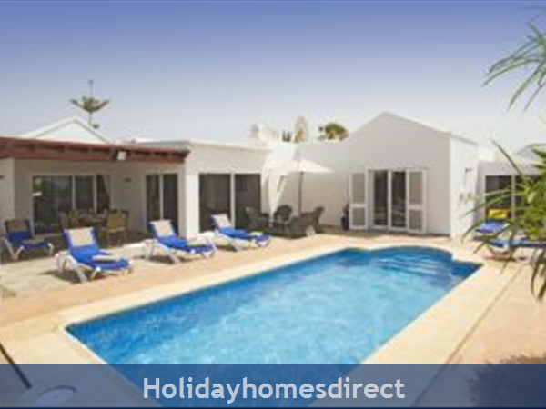 Casa Isabelle with private pool, Puerto del Carmen, Lanzarote