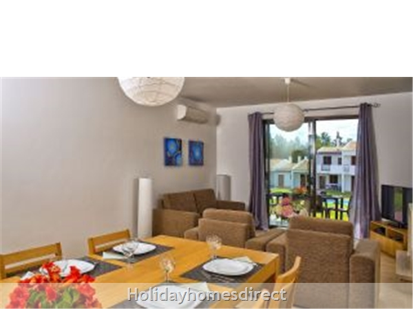 Alto Fairways Alvor 2 Bedroom Air Conditioned Apartments: Image 8