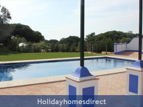 Villa Mirantos 2, Olhos De Agua, Albufeira: Image 8