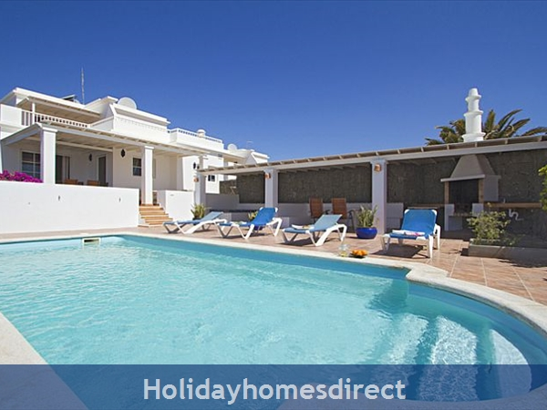VILLA LUCIE WITH PRIVATE POOL PLAYA BLANCA LANZAROTE