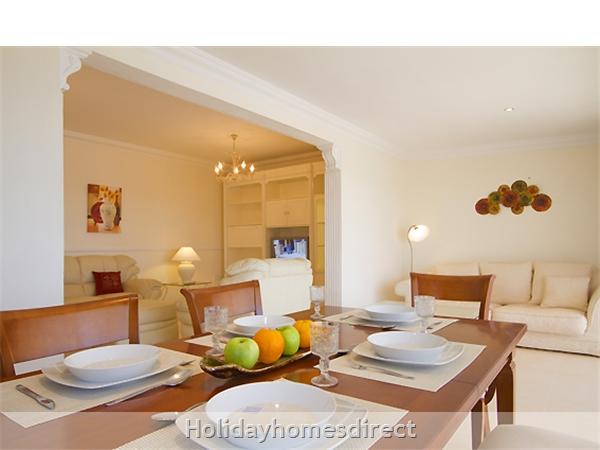 Villa Harmony Puerto Del Carmen Lanzarote: Dining area
