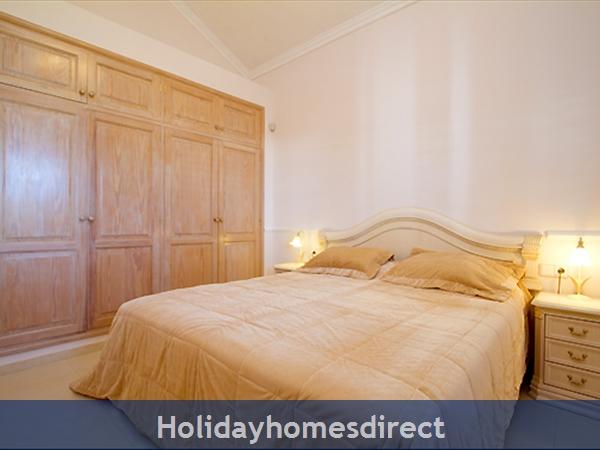 Villa Harmony master bedroom in Lanzarote