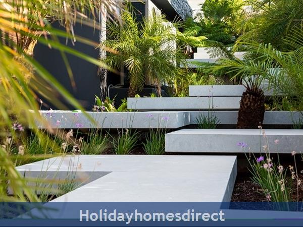 Villa Bond, Luxury Villa With Private Pool, Vale Do Lobo: Image 6