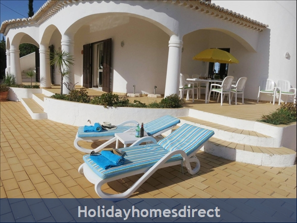 Large pool terrace to relax and enjoy the sun