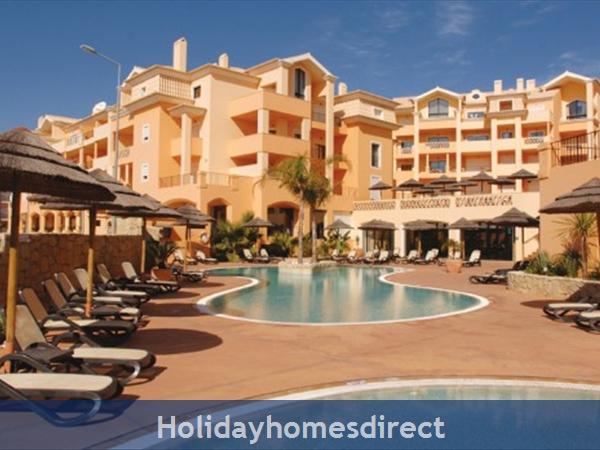 Estrela Da Luz Resort, 1/2/3 bedroom apartments, Praia Da Luz