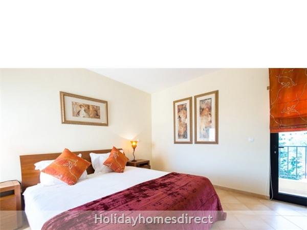 Estrela Da Luz Resort, 1/2/3 Bedroom Apartments, Praia Da Luz: Image 9