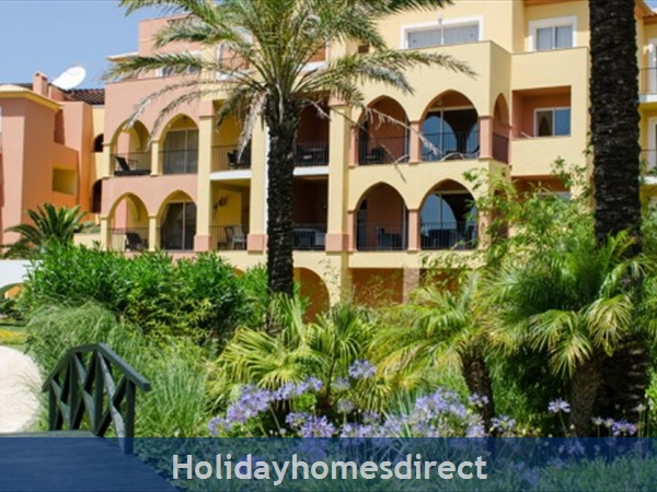 Jardim Da Meia Praia Resort, 2,3 bedroom townhouses, Lagos