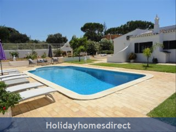 Casa Azinheira Is A Superb Air Cond 3 Bedroom Villa With Wifi & Private Pool, Excellent Location, 10 Mins Drive To Beach & Vilamoura Marina. Al/33558: Image 3