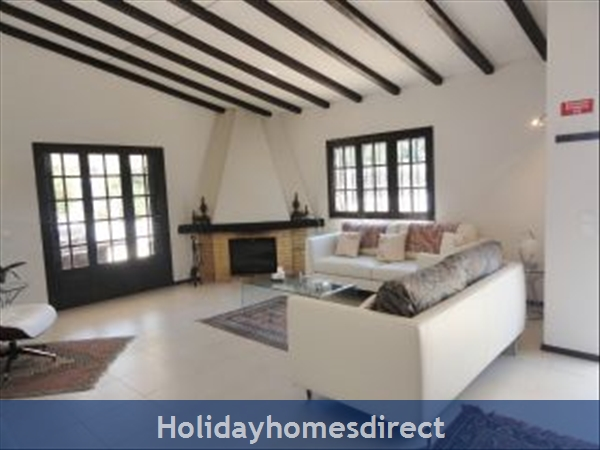 Casa Azinheira Is A Superb Air Cond 3 Bedroom Villa With Wifi & Private Pool, Excellent Location, 10 Mins Drive To Beach & Vilamoura Marina. Al/33558: Image 5