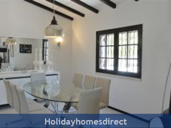 Casa Azinheira Is A Superb Air Cond 3 Bedroom Villa With Wifi & Private Pool, Excellent Location, 10 Mins Drive To Beach & Vilamoura Marina. Al/33558: Image 4