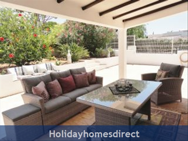 Casa Azinheira Is A Superb Air Cond 3 Bedroom Villa With Wifi & Private Pool, Excellent Location, 10 Mins Drive To Beach & Vilamoura Marina. Al/33558: Image 7