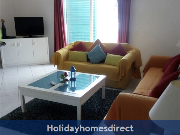 G20b, 2 Bedroom Apartment With Air Con, Prainha Village. Sleeps 5 People.: Image 2