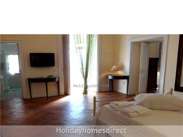 Double bedroom (twin bed on demand) villa emilia