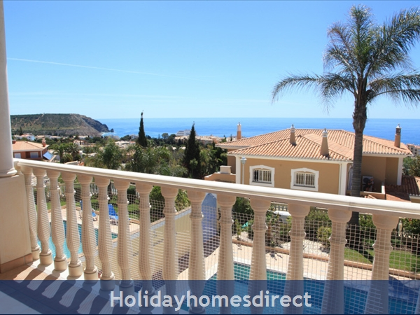 Casa G. With Sea Views, private pool and Gated Community.