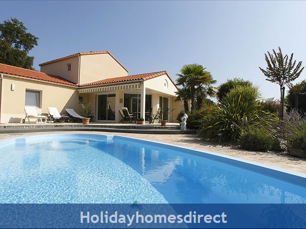 Sophora 4 Bedroom Villa With Private Pool Image 1