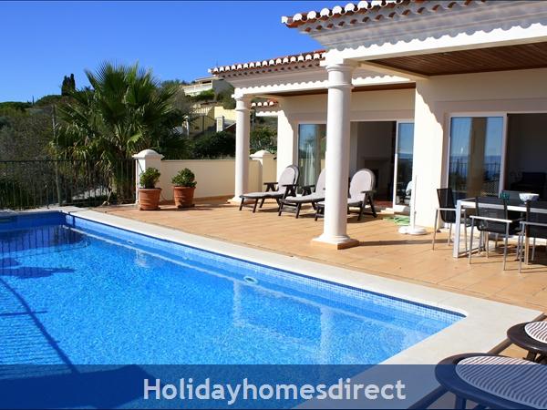 Villa Bonita. In Praia da Luz. A very Special House !
