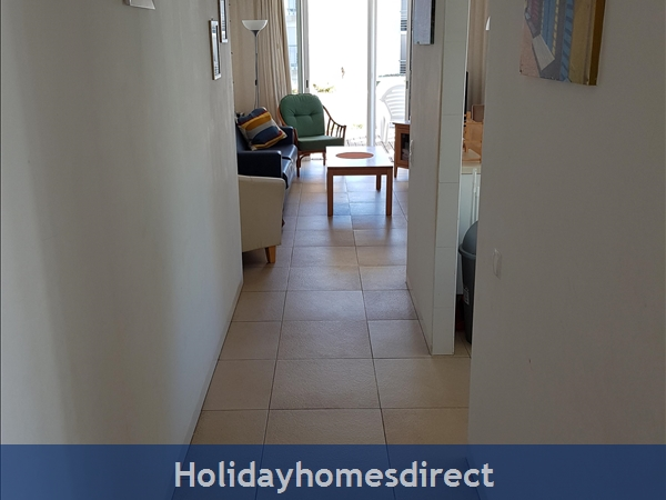 Coastal 3 Bedroom Apartment In Golden Club Resort Cabanas: Hallway