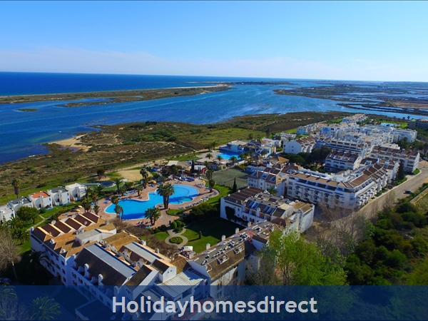 SeaView Townhouse in Golden Clube Resort Cabanas/Tavira, Eastern Algarve.