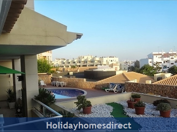 Apartamento Solmar - Olhos de Agua, Albufeira, 1 Bedroom Apartment & AC, Pool, Walking Distance Beach, Restaurants, Bars, Supermarket (61195/AL)