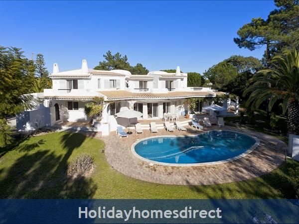 Villa Da Silva, Quinta Do Lago – 5 bedroom villa with private pool